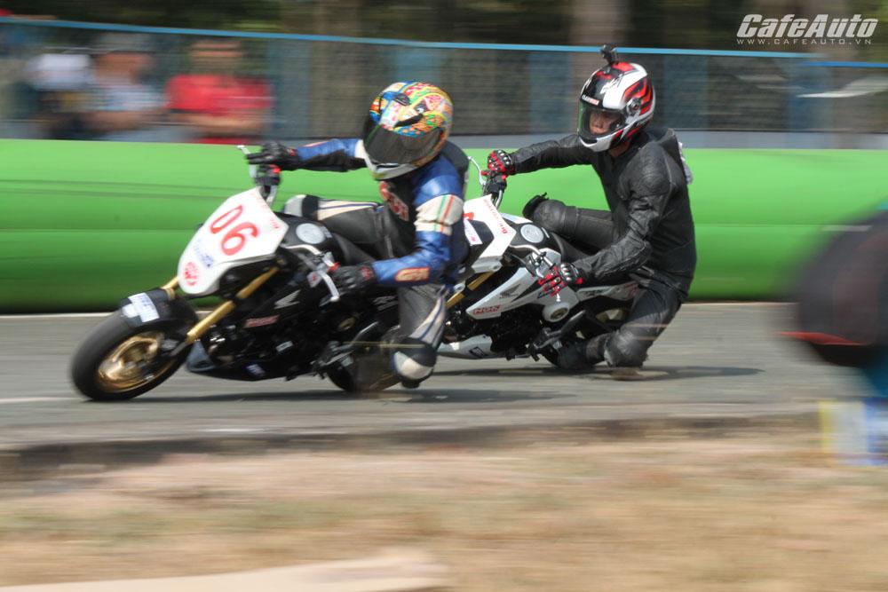 Kịch tính cao tại giải đua xe mô tô vô địch quốc gia 2016