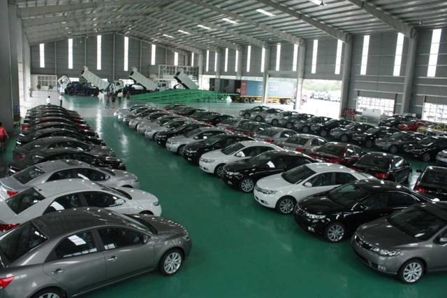 Người Việt sắm 23.165 xe ôtô trong tháng 1/2016