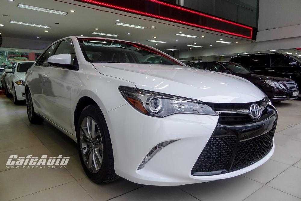 Toyota Camry nhập từ Mỹ có giá bán 1,8 tỷ đồng tại Việt Nam