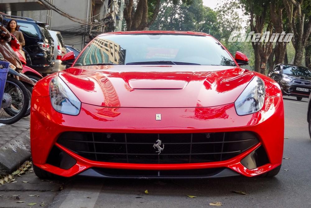 Ferrari F12 Berlinetta đầu tiên tại Việt Nam tái xuất