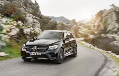 Mercedes-AMG GLC 43 4MATIC 2017 lộ diện