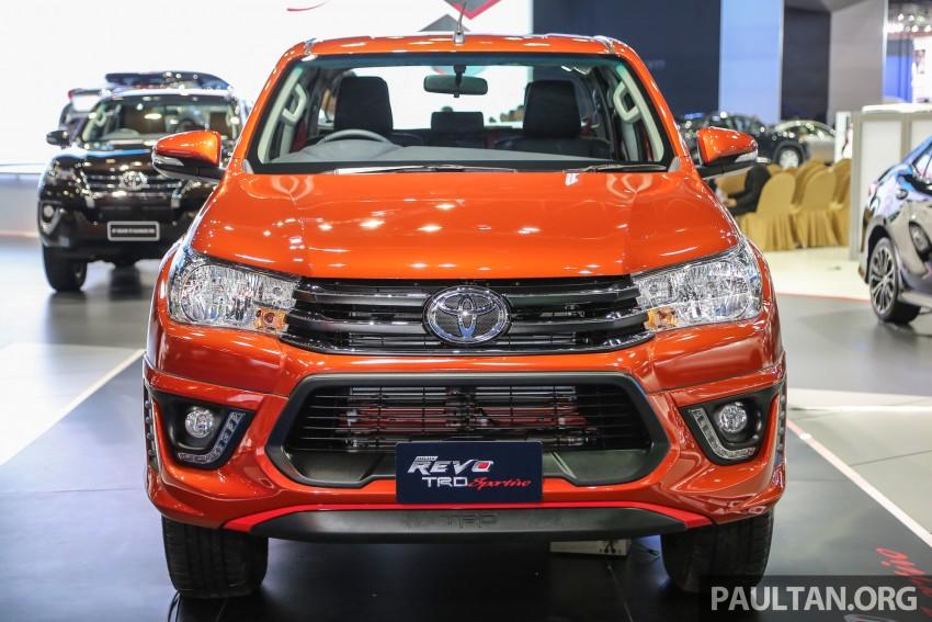 Toyota Hilux cực hầm hố với gói nâng cấp TRD Sportivo