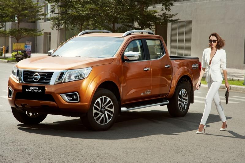 Nissan NP300 Navara giảm giá tới 40 triệu đồng