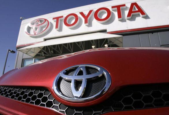 10 thương hiệu ô tô giá trị nhất toàn cầu năm 2016
