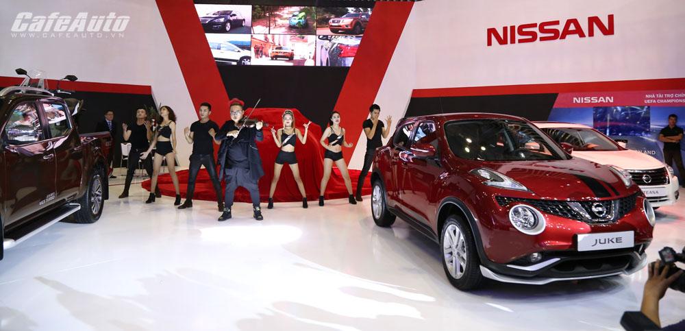 Ngành ô tô tăng trưởng chỉ 1% trong tháng 5