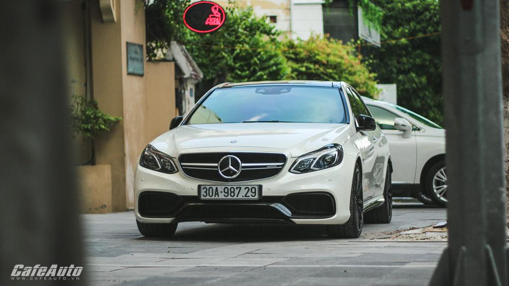 """Ngắm sedan """"hàng thửa"""" Mercedes-AMG E63 S 2016 tại Việt Nam"""