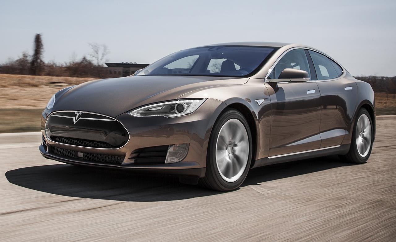 Tử nạn khi đang thử nghiệm hệ thống tự lái của Tesla