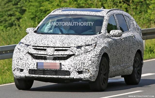 Bắt gặp Honda CR-V 2017 chạy thử nghiệm