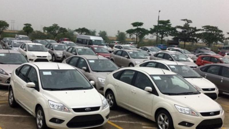 Ô tô nhập khẩu náo loạn vì bế tắc