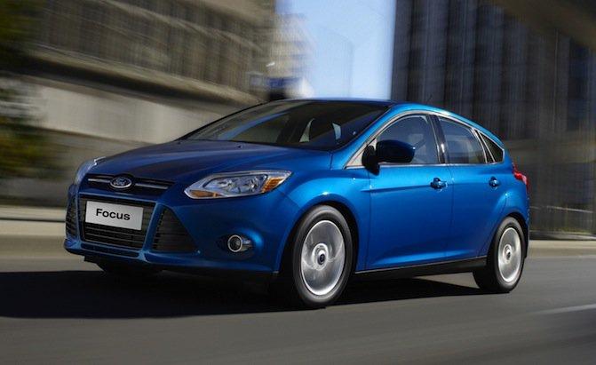 Ford thu hồi 828.000 xe do lỗi chốt cửa