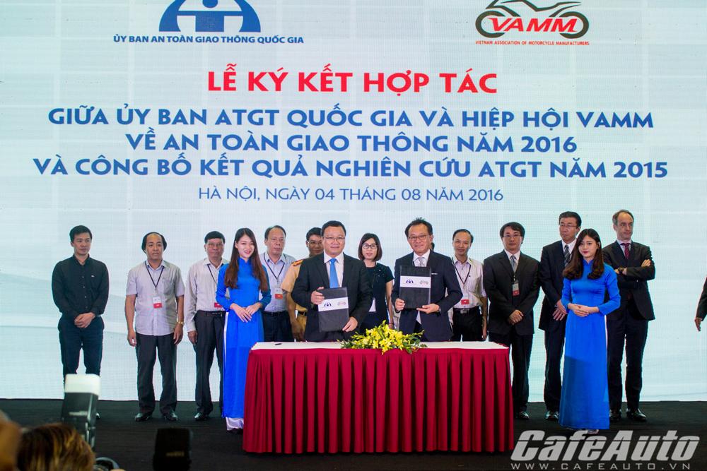 VAMM và Ủy ban An toàn Giao thông Quốc gia ký kết hợp tác về an toàn giao thông