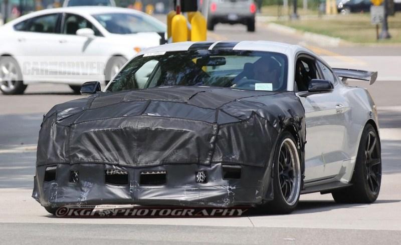 Ford Mustang sẽ có biến thể mạnh tới 810 mã lực