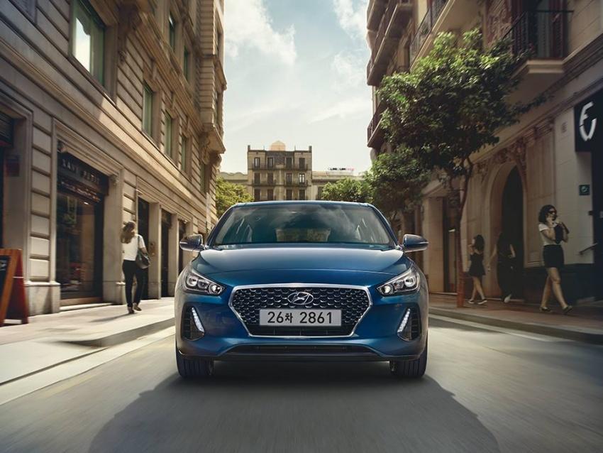 So sánh Hyundai i30 2017 và i30 2015 qua ảnh