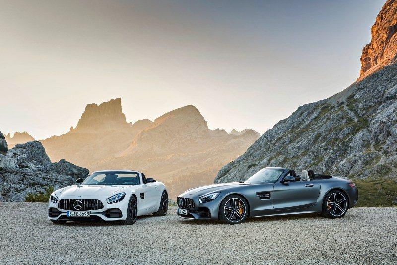 Mercedes-AMG sắp tung ra cặp đôi GT Roadster mạnh 550 mã lực