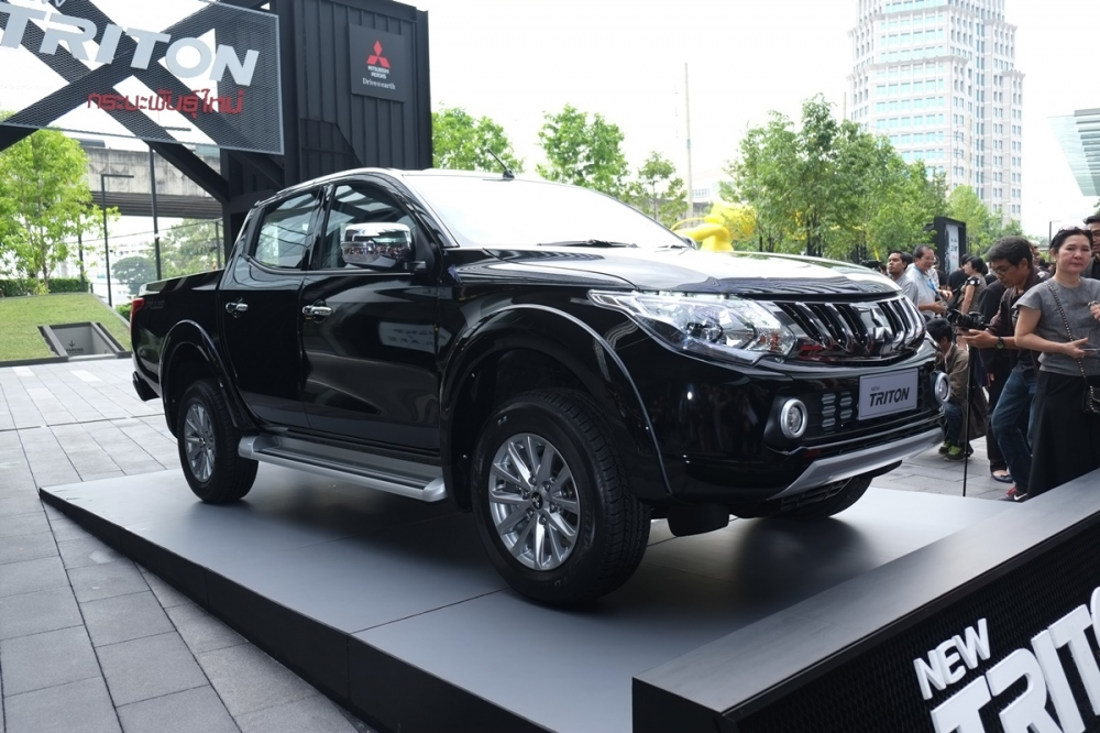 Mitsubishi Triton 2017 ra mắt tại Thái Lan