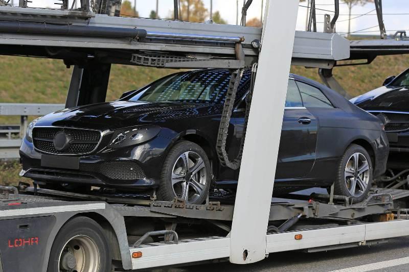 Mercedes-Benz trình làng E-Class Coupe 2018 vào năm sau