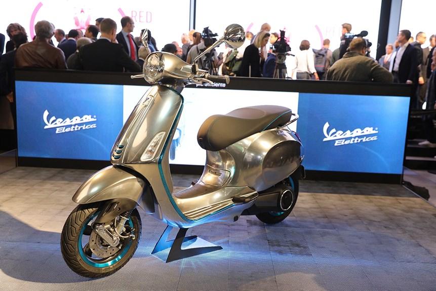 Vespa sẽ có xe tay ga chạy điện vào năm 2017