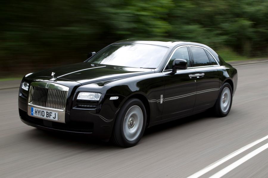 Thu hồi 34.250 xe BMW và Rolls-Royce do lỗi túi khí