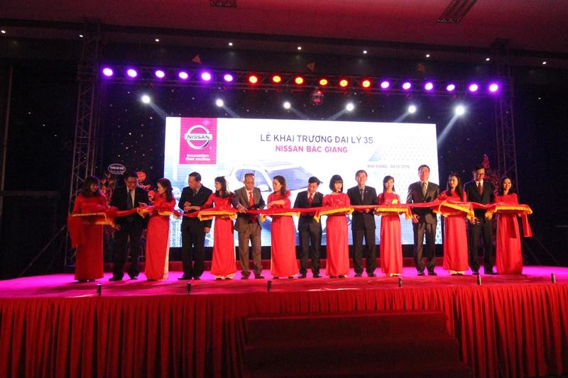 Nissan Việt Nam khai trương thêm 2 đại lý 3S tại Bắc Giang và Thanh Hóa