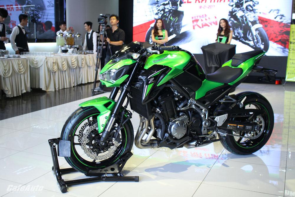 Bộ đôi Kawasaki Z650 ABS, Z900 ABS ra mắt giá 218 và 288 triệu đồng