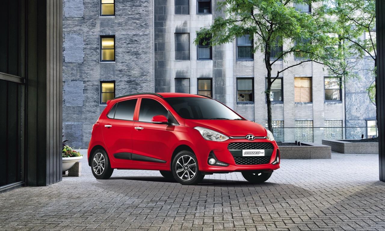 Hyundai Grand i10 2017 có giá khởi điểm từ 154 triệu đồng tại Ấn Độ