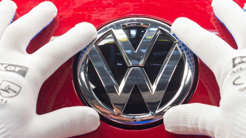 Volkswagen là thương hiệu xe hơi bán chạy nhất thế giới năm 2016