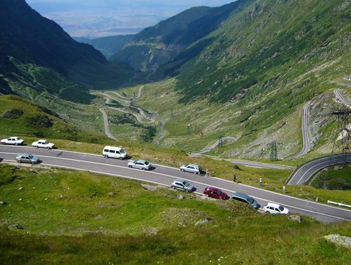 Những sai lầm khi lái ôtô đường dài