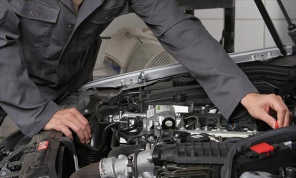 5 việc làm không cần thiết cho ô tô