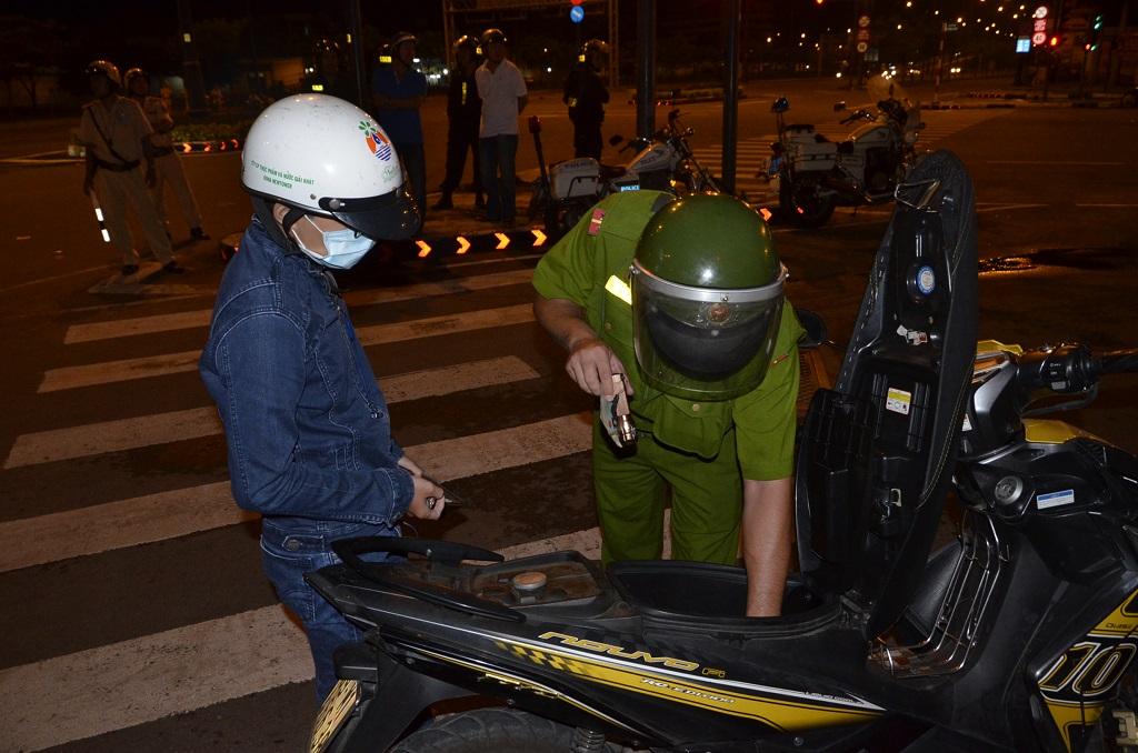 Những trường hợp cảnh sát 113 được phép dừng xe