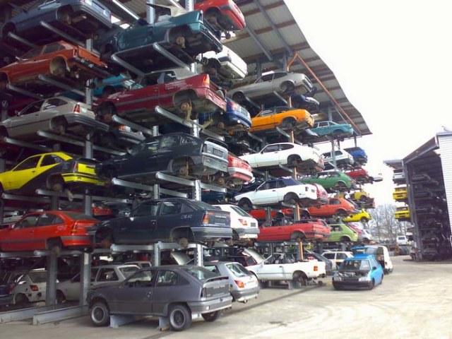 Tư vấn: Thủ tục và thuế phí khi mua ô tô cũ