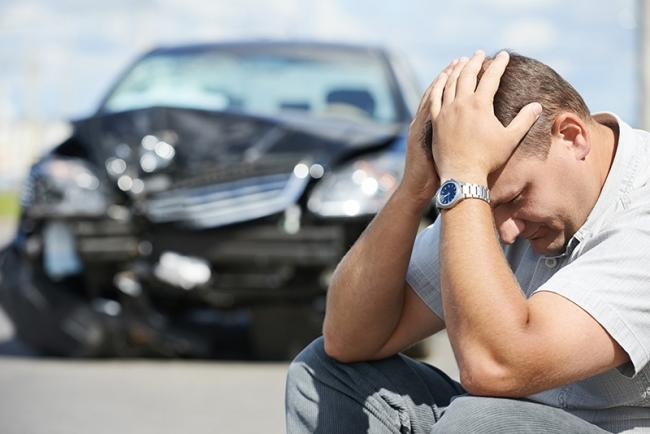 Tư vấn: Bảo hiểm xử lý thế nào khi xe ô tô gặp nạn trên đường lái thử?