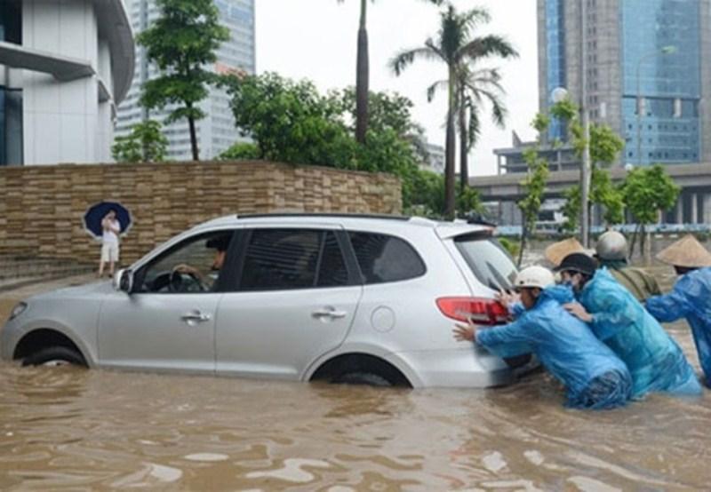 Những điều phải nhớ để xế hộp an toàn qua những ngày mưa bão