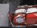 Quá trình test độ an toàn của Nissan Altima 2013