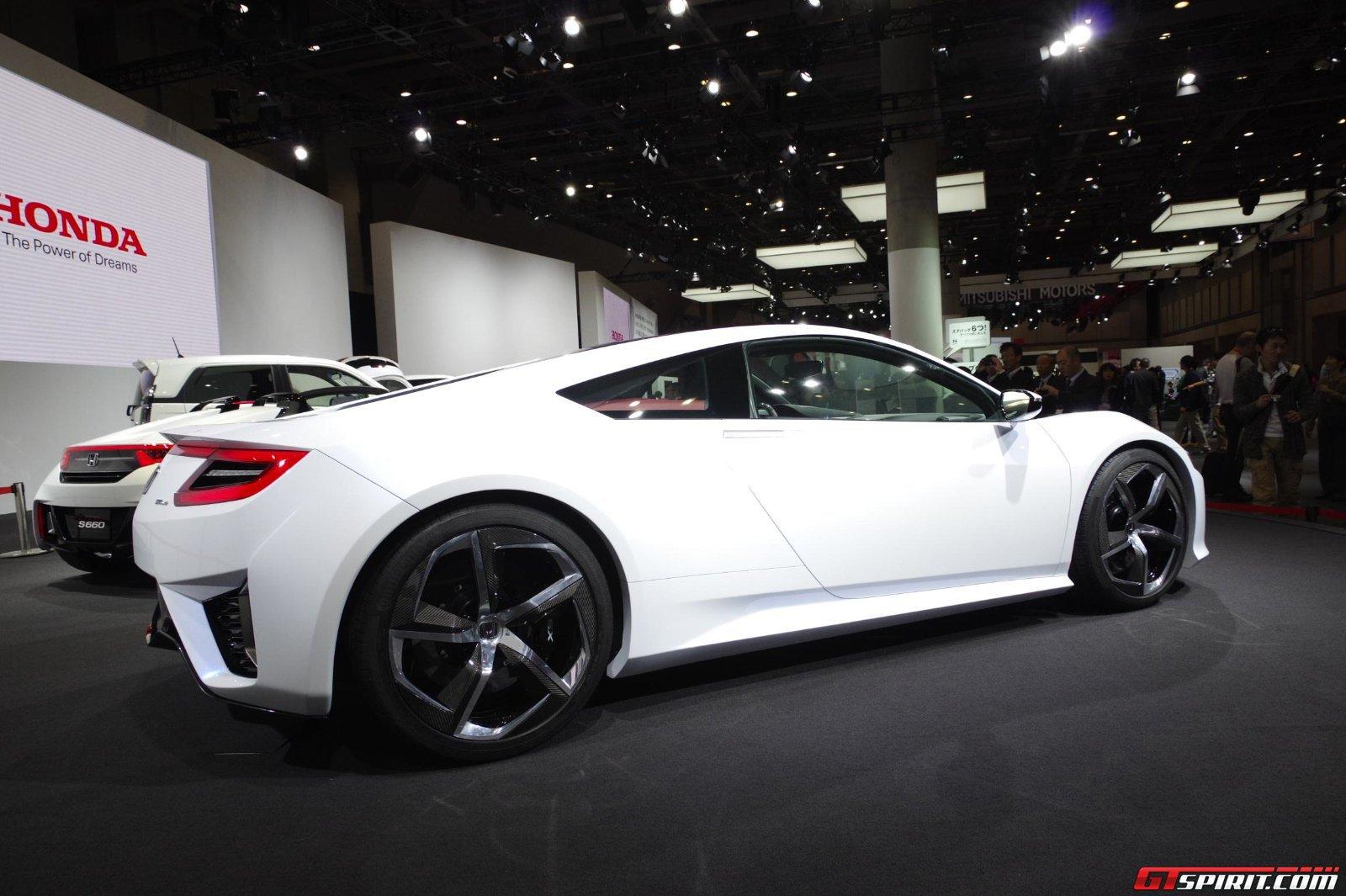 Siêu xe Honda NSX sắp so kè tốc độ tại Goodwood
