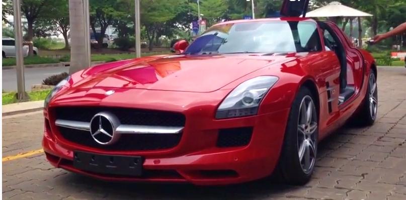 Siêu xe Mercedes Benz SLS AMG thứ 2 về Việt Nam