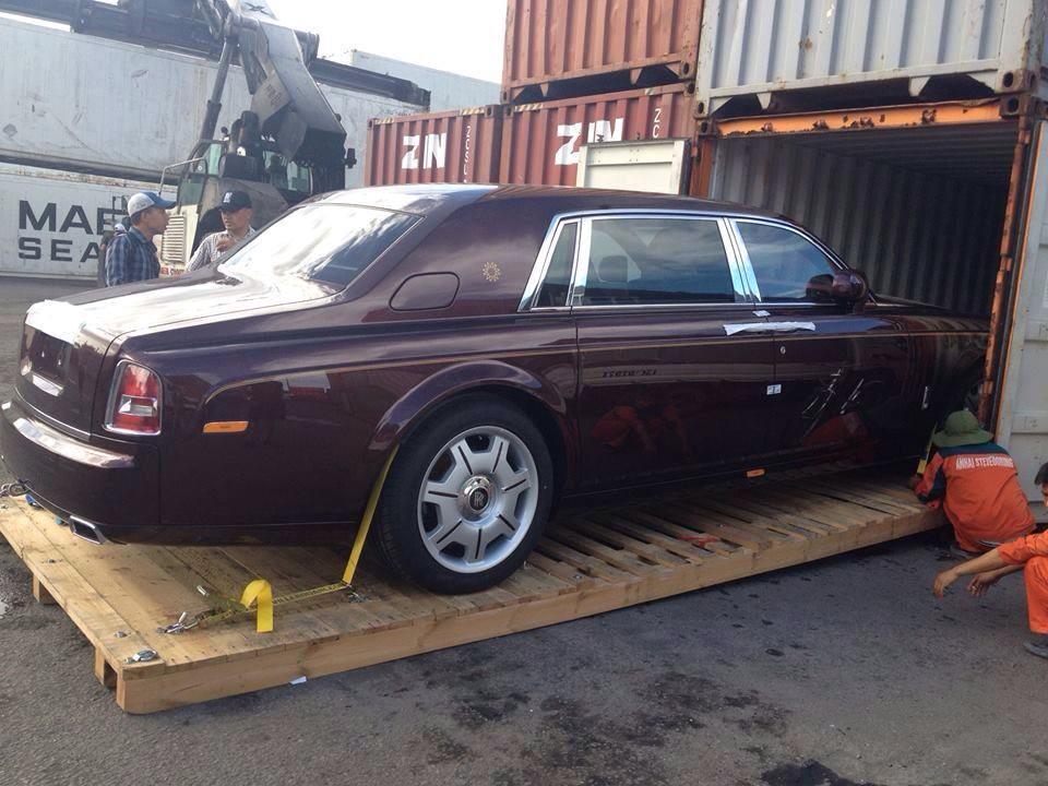 """""""Khui công"""" siêu sang Rolls-Royce Phantom Oriental Sun độc nhất"""