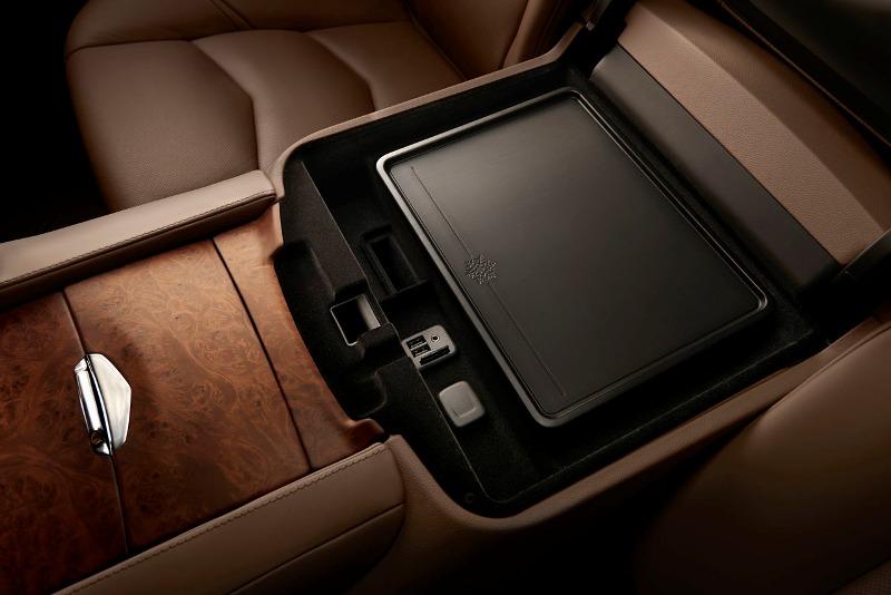 2015cadillacescaladeplatinum0081 1407857784 Cận cảnh Cadillac Escalade 2015 nâng cấp mạnh về tiện nghi
