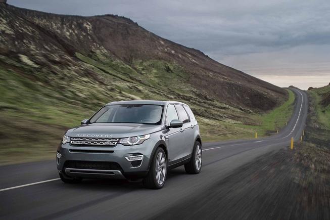 landroverdiscoverysport13 653 1409756635 Bất ngờ sau rò rỉ Land Rover Discovery Sport 2015 lộ diện ảnh thực chi tiết
