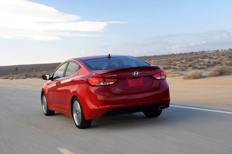 0252014hyundaielantra1 1414747158 Hãng xe Hyundai bán được 10 triệu chiếc Elantra