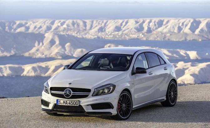 a45amg 1416929803 Trình làng Mercedes Benz A45 AMG sẽ có phiên bản mạnh mẽ hơn