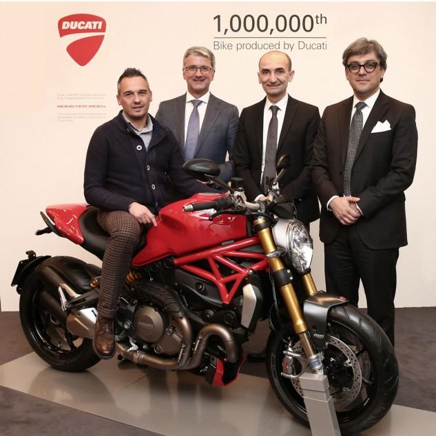 1215141millionthducatimonster1200s633x633 1418750046 Hãng xe Ducati đề ra cột mốc xuất xưởng 1 triệu xe