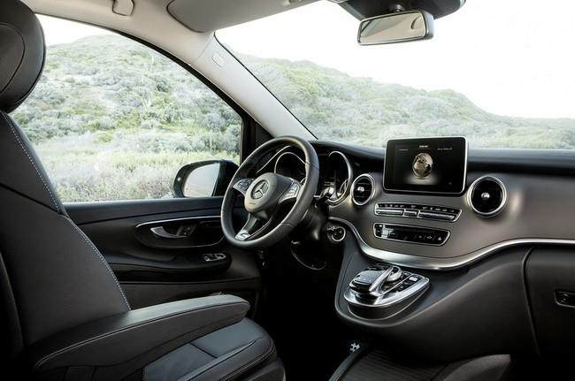 autopromercedesbenzvclass30b2ae5 1421673308 Liệu xe VAN Mercedes Benz V Class sẽ về Việt Nam?