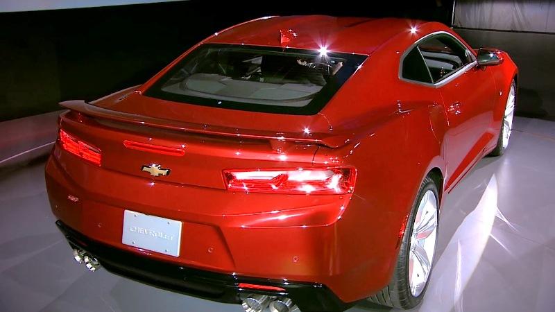 12 1431943250 Ngắm nhìn siêu cơ bắp Chevrolet Camaro 2016 chính thức trình làng