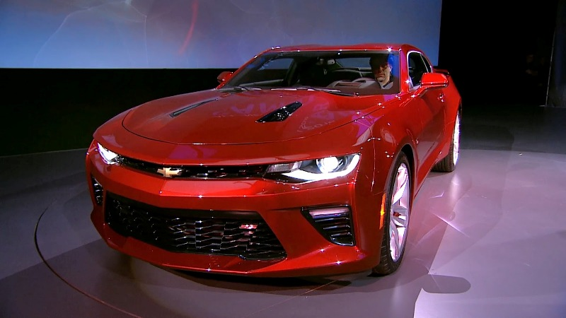 8 1431943235 Ngắm nhìn siêu cơ bắp Chevrolet Camaro 2016 chính thức trình làng