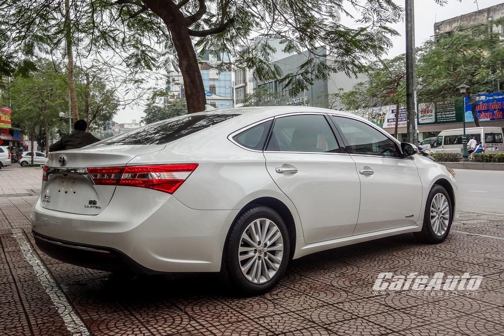 Chi tiết Toyota Avalon Hybrid Limited có giá bán 2,3 tỷ đồng tại Việt Nam
