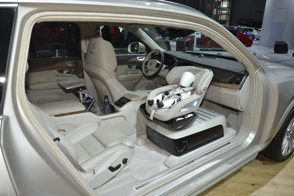 Volvo-XC90-Excellence-trinh-dien-khong-gian-noi-that-sieu-sang-trong