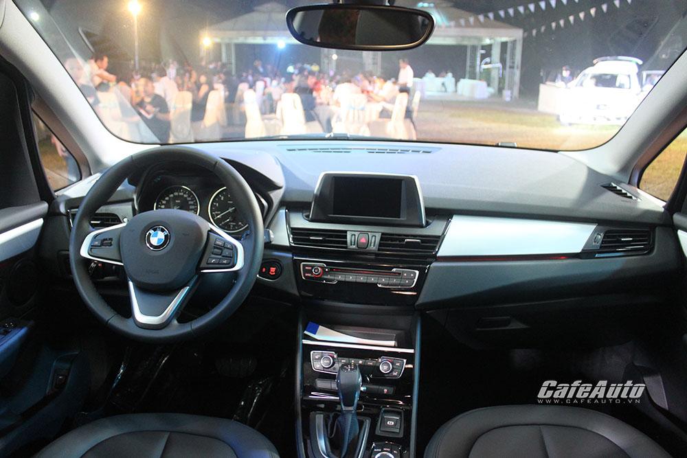 BMW-218i-Gran-Tourer-so-huu-khoang-hang-li-lon
