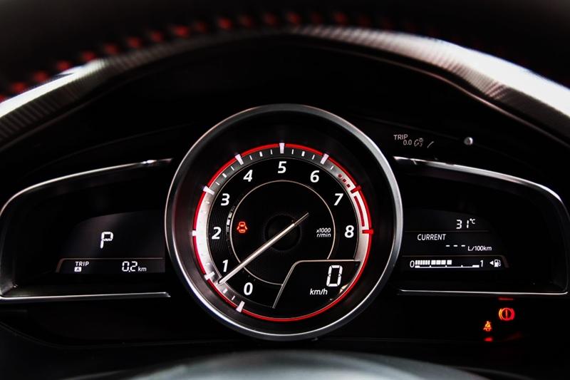 xe-Mazda3-bao-loi