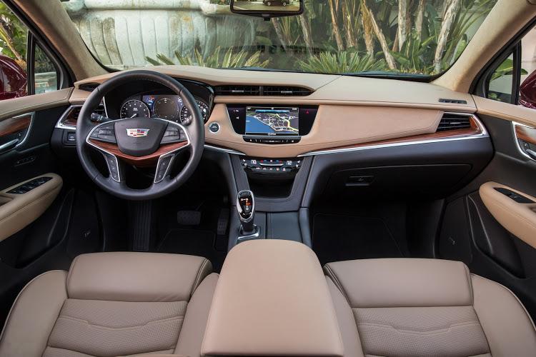 Cadillac-XT5-mới