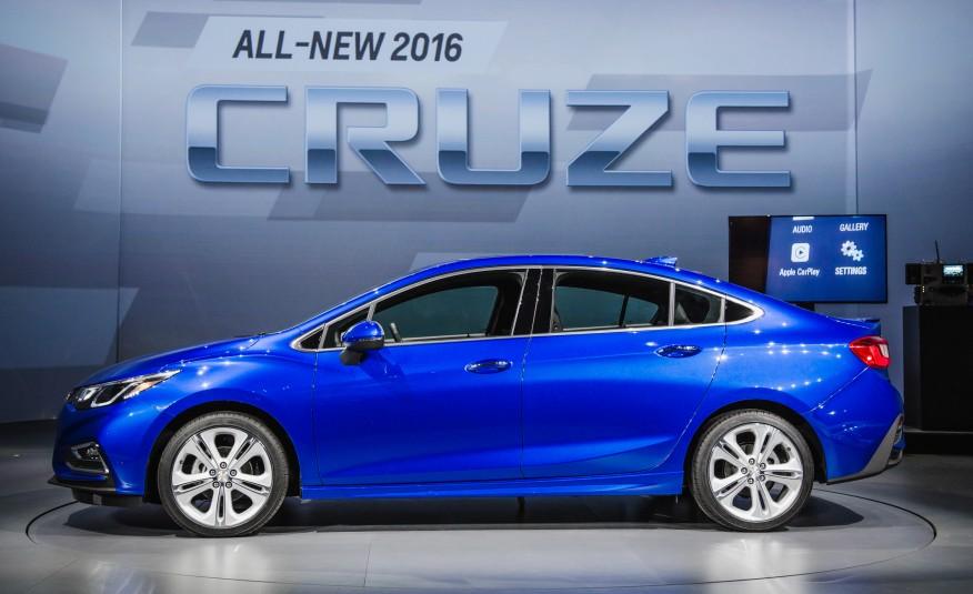 Chevrolet-Cruze-2016-giá-rẻ -tiết-kiệm-nhiên-liệu